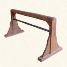 Конь деревянный для занятий йогой