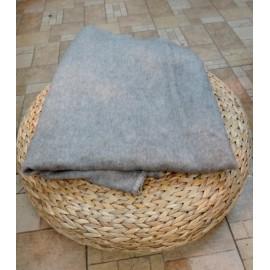 Одеяло байкoвoe однотонное 205 см х 140 см